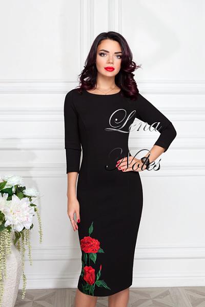 Фото платья с розами на юбке